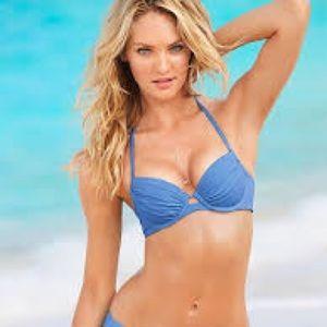 The closeup bikini 34D